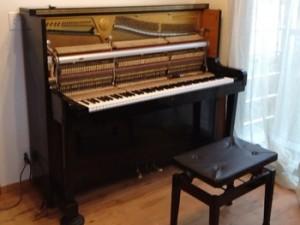 ローリスピアノ