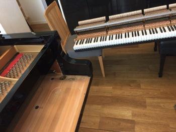 グランドピアノの整調