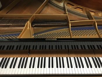 Kawai KG-2E piano